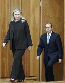 Clinton and Jibril in Tripoli