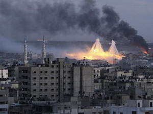 Phosphor Bombs against Gaza Residents